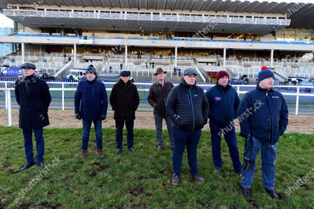 LEOPARDSTOWN. Trainer GORDON ELLIOTT (right) watching his Cheltenham string of horses gallop after racing today ahead of the Cheltenham Festival with (L-R) Trainer Joseph O'Brien, Tom Howley, Kevin O'Ryan, Eddie O'Leary of Gigginstown, Mouse O'Ryan and Noel Murphy.