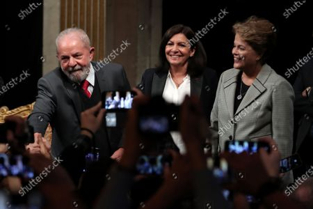 (L-R) Former Brazilian President Luis Inacio Lula da Silva, Paris Mayor Anne Hidalgo and former Brazilian president Dilma Rousseff pose for photographs at an award ceremony to receive his diploma as Honorary Citizen, at the City Hall of Paris, France, 02 March 2020. On 03 October 2019, Luiz Inacio Lula da Silva received the title of Honorary Citizen of Paris City Hall.