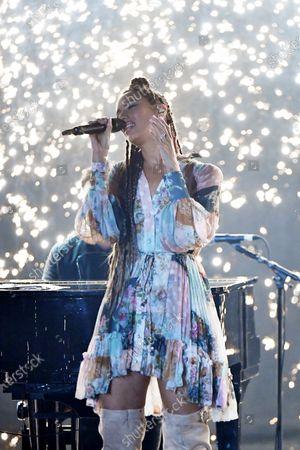 Leona Lewis during a duet with Calum Scott.