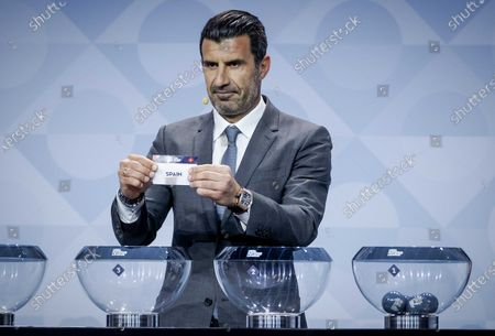 Former Portuguese soccer player Luis Figo shows the lot of Spain during the UEFA Nations League 2020-21 Draw for the League A in Amsterdam, The Netherlands, 03 March 2020.
