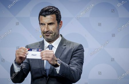 Former Portuguese soccer player Luis Figo shows the lot of Italy during the UEFA Nations League 2020-21 Draw for the League A in Amsterdam, The Netherlands, 03 March 2020.