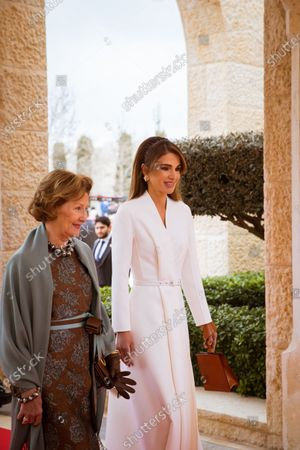 Queen Rania during the official welcoming ceremony with Queen Sonja of Norway in Amman