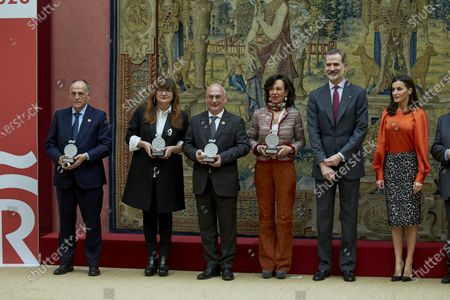 Javier Tebas, Isabel Coixet, Francisco Mojica and Ana Patricia Botin with King Felipe VI and Queen Letizia