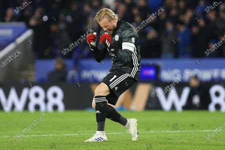 Leicester City goalkeeper Kasper Schmeichel celebrates after Leicester City defender Ricardo Pereira scores a goal to make it 1-0 during the The FA Cup match between Leicester City and Birmingham City at the King Power Stadium, Leicester
