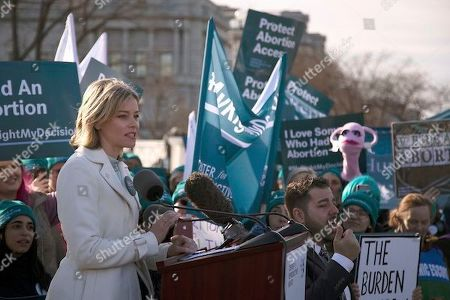 Actor Elizabeth Banks speaks to abortion rights supporters organized by the Center for Reproductive Rights rally as the U.S. Supreme Court hears oral arguments in June Medical Services v. Russo on in Washington