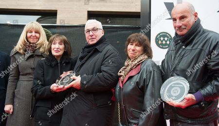 Jane Winehouse, Rene Selner, Mitch Winehouse, Janis Winehouse and Richard Collins