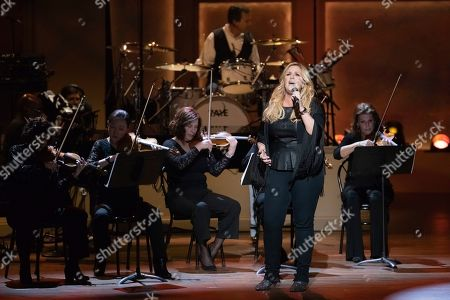 Trisha Yearwood performs on stage during the 2020 Gershwin Prize Honoree's Tribute Concert at the DAR Constitution Hall, in Washington