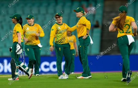 South African players celebrate the dismissal of Alyssa Healy of Australia during the Women's T20 World Cup semi-final match between Australia and South Africa at the Sydney Cricket Ground (SCG) in Sydney, Australia, 05 March 2020.