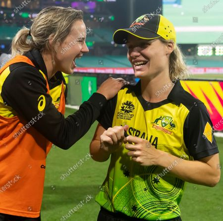 Ellyse Perry of Australia celebrates with Nicola Carey after the Women's T20 World Cup semi-final match between Australia and South Africa at the Sydney Cricket Ground (SCG) in Sydney, Australia, 05 March 2020.