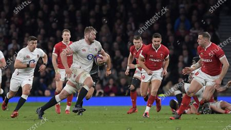 England's George Kruis, ball in hand, on the break