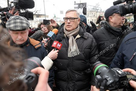 March commemorating Russian politician Boris Nemtsov from Strastnoy Boulevard to the Academician Sakharov Prospect. Chairman of the People's Freedom Party (PARNAS) party Mikhail Kasyanov (center) attends the march.