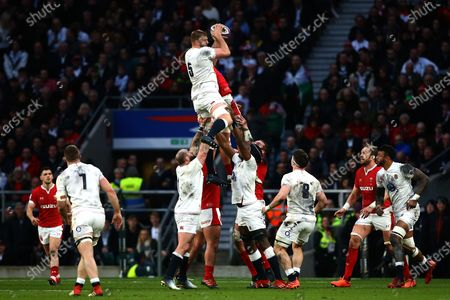 George Kruis of England wins the ball in a lineout