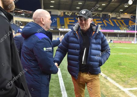 ex Rhinos coach Brian McDermott now with Toronto shakes hands with current Rhinos coach Richard Agar