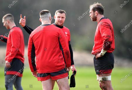 Rob Evans, Hadleigh Parkes and Alun Wyn Jones during training.