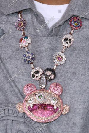 Kid Cudi, jewelry detail