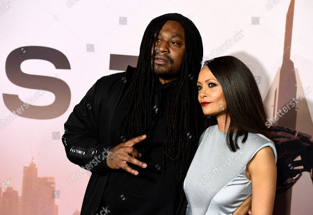 """Thandiwe Newton, Marshawn Lynch. NFL running back Marshawn Lynch, left, and Thandiwe Newton, cast members in the HBO series """"Westworld,"""" pose together at the Season 3 premiere of the show at the TCL Chinese Theatre, in Los Angeles"""