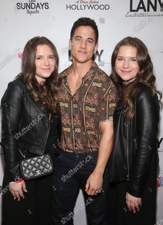 Bianca D'Ambrosio, Mike C Manning and Chiara D'Ambrosio