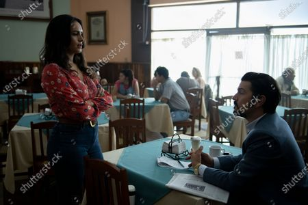 Fernanda Urrejola as María Elvira and Diego Luna as Miguel Angel Felix Gallardo