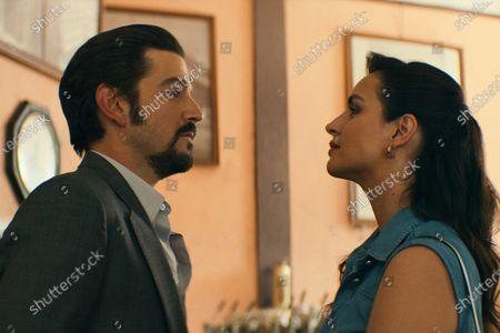 Diego Luna as Miguel Angel Felix Gallardo and Fernanda Urrejola as María Elvira