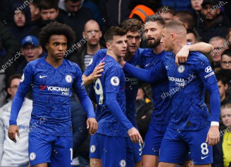 Chelsea celebrate opening goal scored by Mason Mount  (centre) Picture Dave Shopland /Shutterstock