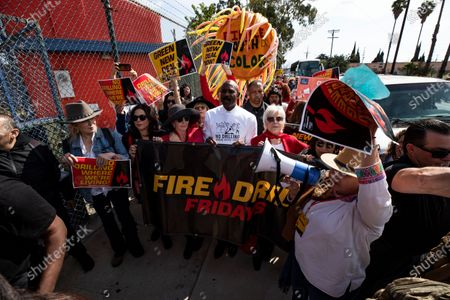 US actress Jane Fonda (2-L) participates in a protest in front of a gas depot following a Fire Drill Friday climate change rally in Wilmington, South of Los Angeles, California, USA, 06 March 2020.