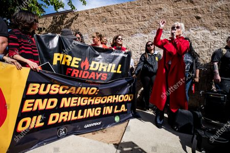 US actress Jane Fonda (C) delivers a speech as she participates in a protest in front of a gas depot following a Fire Drill Friday climate change rally in Wilmington, South of Los Angeles, California, USA, 06 March 2020.