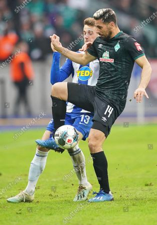 Hertha's Lukas Kluenter (L) in action against Bremen's Claudio Pizarro (R) during the German Bundesliga soccer match between Hertha BSC and Werder Bremen in Berlin, Germany, 07 March 2020.