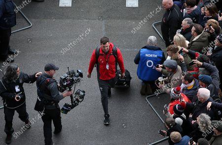 Sam Warburton arrives at the stadium.