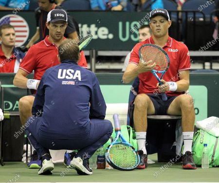 USA Team Captain Mardy Fish talks to his players during a Davis Cup by Rakuten Qualifier doubles match between Sanjar Fayziev (UZB)/Denis Istomin (UZB) and Bob Bryan (USA)/Mike Bryan (USA) at the Neal Blaisdell Center in Honolulu, HI - Michael Sullivan/CSM