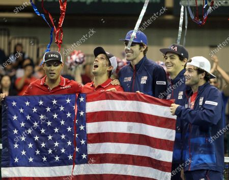 Winners, Team USA pose after Davis Cup by Rakuten Qualifier doubles match between Sanjar Fayziev (UZB)/Denis Istomin (UZB) and Bob Bryan (USA)/Mike Bryan (USA) at the Neal Blaisdell Center in Honolulu, HI - Michael Sullivan/CSM
