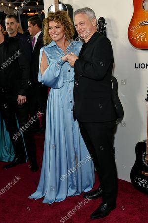 Shania Twain and Gary Sinise