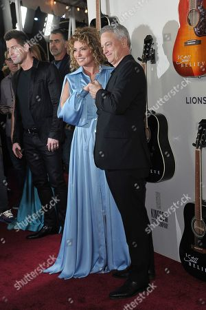 """Shania Twain, Gary Sinise. Shania Twain, left, and Gary Sinise attend the LA premiere of """"I Still Believe"""" at ArcLight Hollywood, in Los Angeles"""