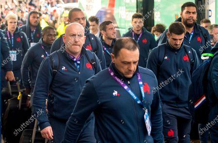 Scotland vs France. France defence coach Shaun Edwards arrives
