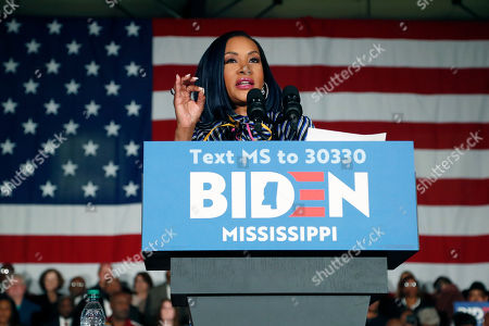 Actress Vivica A. Fox calls out for Democratic presidential candidate and former Vice President Joe Biden before he speaks at Tougaloo College in Tougaloo, Miss