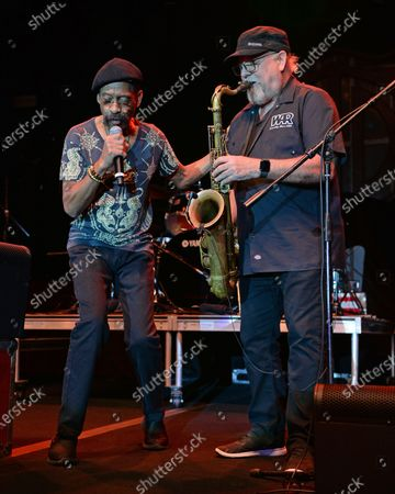 WAR - Leroy ' Lonnie Jordan and Scott Martin