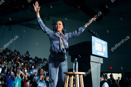Actress Vivica A. Fox waves to supporters of Democratic presidential candidate and former Vice President Joe Biden before he speaks at Tougaloo College in Tougaloo, Miss