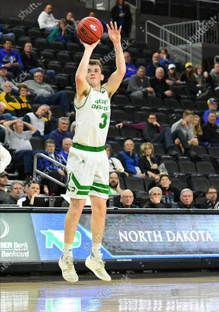 North Dakota Fighting Hawks guard Billy Brown (3) takes a three point shot during the Summit League semi-final basketball game between the Purdue Fort Wayne Mastodons and the North Dakota Fighting Hawks at the Denny Sanford Premier Center, Sioux Falls, SD. North Dakota won 73-56