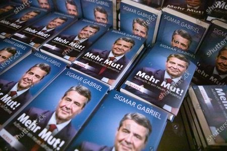 Books 'More courage!' (mehr Mut!) by Former German Foreign Minister Sigmar Gabriel is on display in Berlin, Germany, 10 March 2020. The former vice chancellor as well as chairman of the Social Democratic Party (SPD) described how politics has tried to deal with the massive global upheavals in his book.