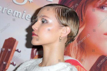 Stock Image of Grace Vanderwaal