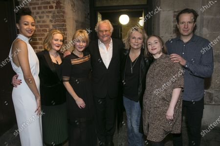 Emma Naomi (Elvira), Lucy Robinson (Mrs Bradman), Lisa Dillon (Ruth Condomine), Richard Eyre (Director), Jennifer Saunders (Madame Arcati), Rose Wardlaw (Edith) and Geoffrey Streatfeild (Charles)