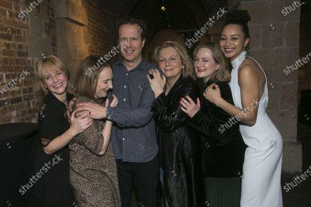 Lisa Dillon (Ruth Condomine), Rose Wardlaw (Edith), Geoffrey Streatfeild (Charles), Jennifer Saunders (Madame Arcati), Lucy Robinson (Mrs Bradman) and Emma Naomi (Elvira)