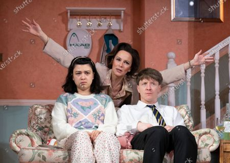 Isabella Laughland as Rose, Rachael Stirling as Sandra, Mike Noble as Jamie