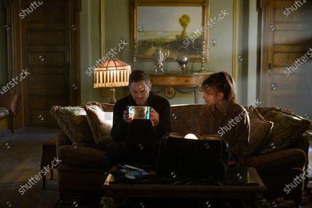 Aaron Ashmore as Duncan Locke and Emilia Jones as Kinsey Locke