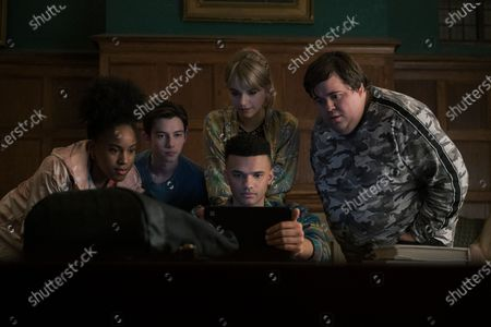 Ashanti Bromfield as Zadie Wells, Griffin Gluck as Gabe, Emilia Jones as Kinsey Locke, Petrice Jones as Scot Cavendish and Jesse Camacho as Doug Brazelle
