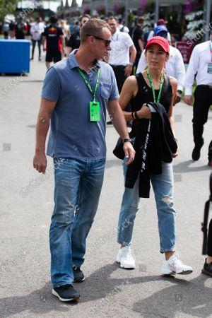 Lleyton and Bec Hewitt at the 2020 Formula 1 Australian Grand Prix