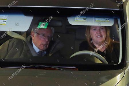 Democratic presidential candidate, Sen. Bernie Sanders, I-Vt., left, drives with his wife Jane in Burlington, Vt