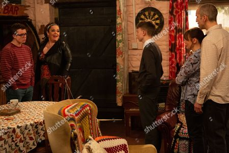 Ep 8758 Monday 16th March 2020 When the Dingles believe Vinny, as played by Bradley Johnson, has pawned Sam Dingle's, as played by James Hooton, ring they order him out of the house. Could they learn something else about Vinny in the process? With Mandy Dingle, as played by Lisa Riley.