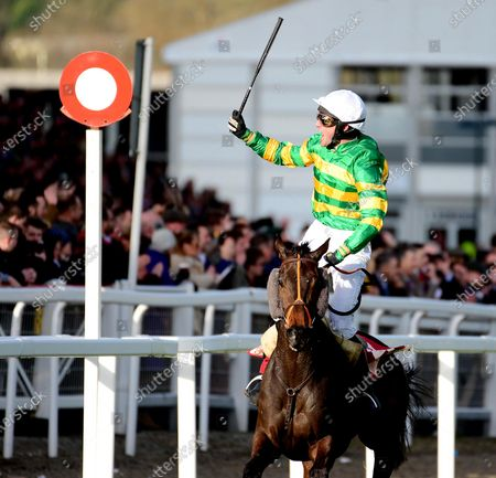 Cheltenham. EASYSLAND and Jonathan Plouganou win for trainer David Cottin and owner JP McManus from TIGER ROLL.