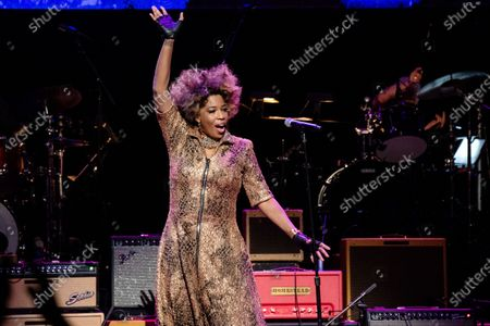 Macy Gray performs at Love Rocks NYC!, a Benefit Concert for God's Love We Deliver at the Beacon Theatre on in New York