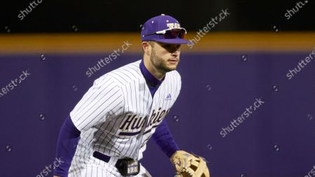Washington's Tommy Williams is picture during an NCAA baseball game against UC Irvine, in Seattle. Washington won 5-1